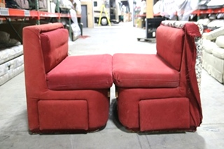 USED RV/MOTORHOME FLORAL DINETTE BOOTH & TABLE