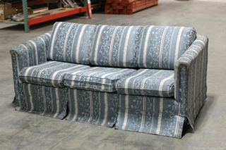 RV Furniture USED FLIP OUT SOFA SLEEPER & MATTRESS BLUE FLORAL DESIGNS Couches