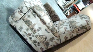 USED RV/MOTORHOME FURNITURE CLOTH RECLINER PALM TREES/ELEPHANTS