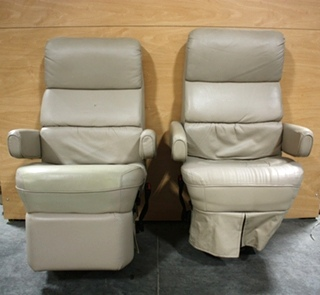 USED MOTORHOME SET OF 2 FLEXSTEEL CAPTAIN CHAIRS FOR SALE