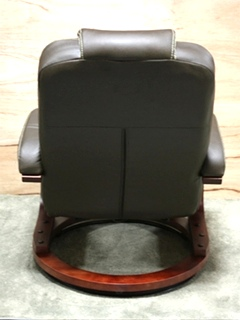 BROOKWOOD CHESTNUT LEATHER VINYL EURO CHAIR THOMAS PAYNE COLLECTION RV FURNITURE FOR SALE