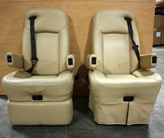 USED LEATHER FLEXSTEEL CAPTAIN CHAIR SET FOR SALE