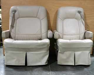 USED HI-TECH KUSTOM FIT SET OF 2 RV CAPTAIN CHAIRS MOTORHOME PARTS FOR SALE